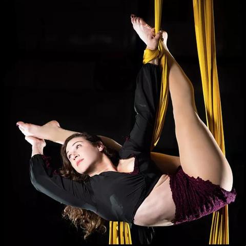 Danielle Gennaoui - Individual - Lebanon, United States - CircusTalk