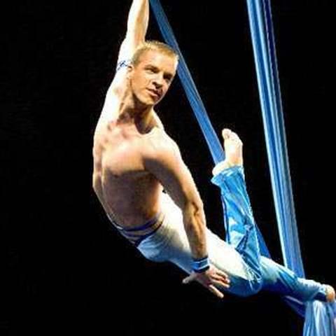 Cabon Romain - Individual - France - CircusTalk