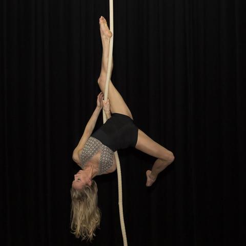 Cléa Perion - Individual - France - CircusTalk