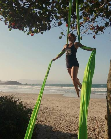 Fernanda Ronchi - Individual - Brazil, Italy - CircusTalk