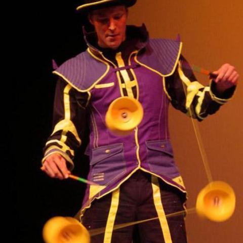Priam PIERRET - Individual - Belgium, France - CircusTalk