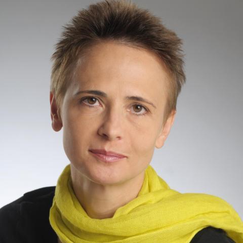 Andrea Honis - Individual - Hungary - CircusTalk