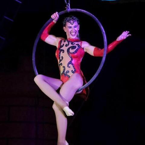 Alison Dabros - Individual - Australia - CircusTalk