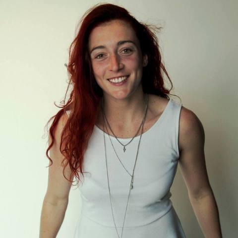 Saphia Loizeau - Individual - France - CircusTalk