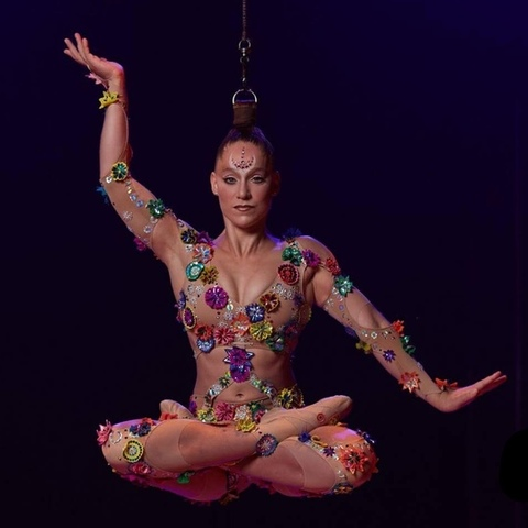 Danila Bim - Individual - Brazil - CircusTalk