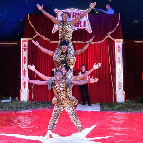 Temple Acrobats - Company - Kenya - CircusTalk