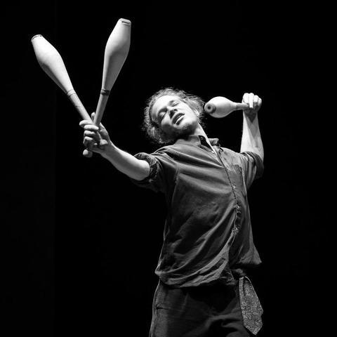 Máximo Mala Barisman Azúcar - Individual - Spain - CircusTalk