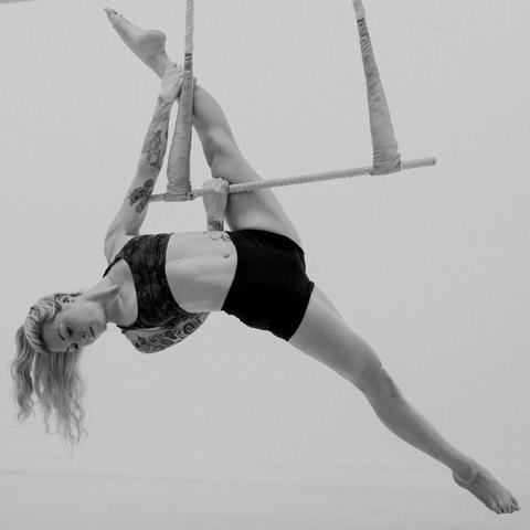Kalina Suter - Individual - Sweden, Switzerland - CircusTalk