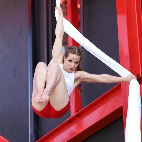 Nicole Schroeder - Individual - Canada - CircusTalk