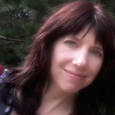 Elizabeth Vander Meer - Individual - United Kingdom, United States - CircusTalk