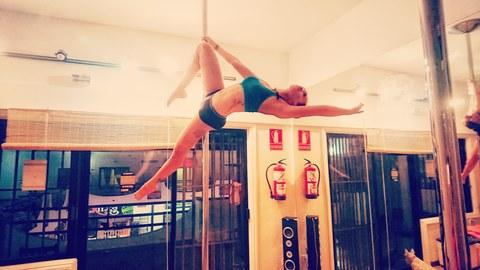 Nina Escobar - Individual - Spain, Venezuela - CircusTalk