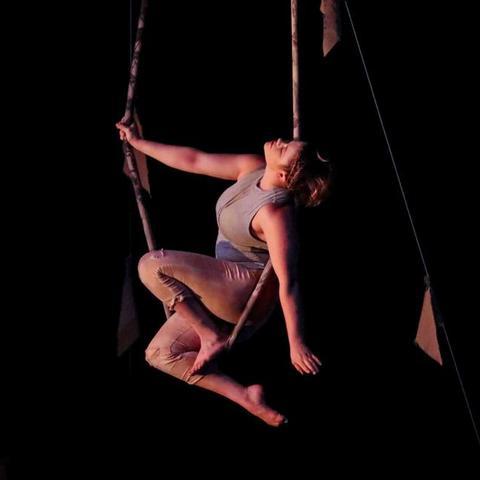 Emma Luz - Individual - United States - CircusTalk